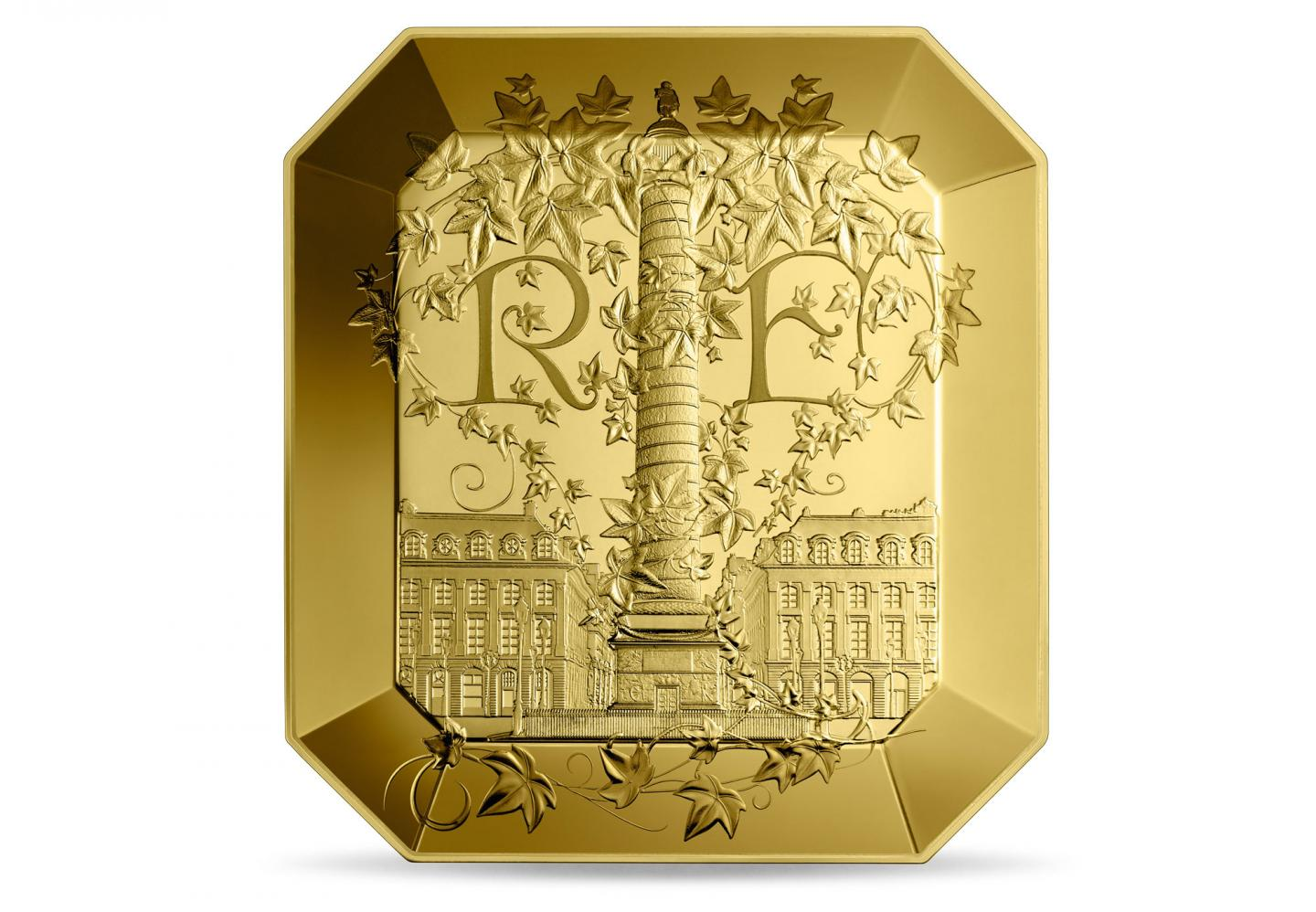 French Excellence: Boucheron, kuld, 1kg
